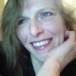 Suzanne (56)