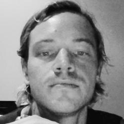 Luke, 35 from Queensland