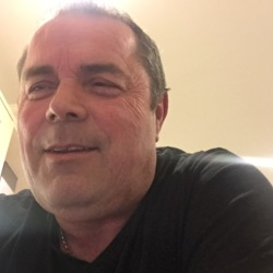 Rod is looking for singles for a date