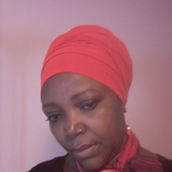 Akosua is looking for singles for a date