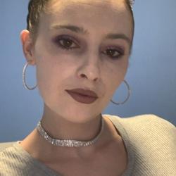 Victoria (25)
