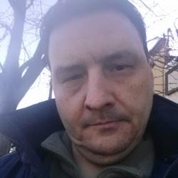 Carlos (47)
