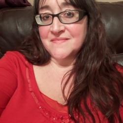 Sarah (43)
