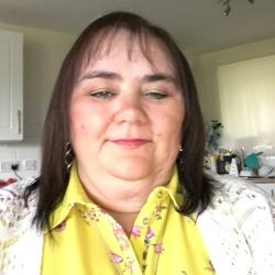 Karen (52)
