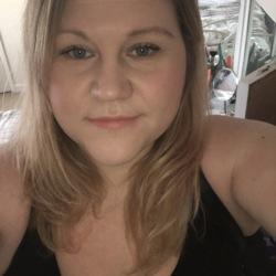 Nadine (35)