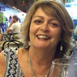 Anne is looking for singles for a date