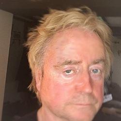 Chris (52)