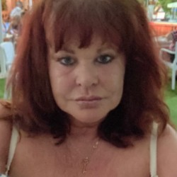 Andrea is looking for singles for a date