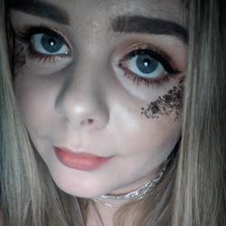 Paige (20)