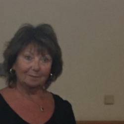Carole (68)