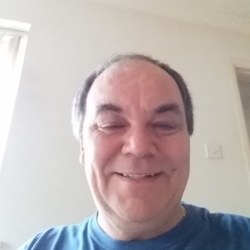Ivor is looking for singles for a date