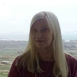 Vera (77)