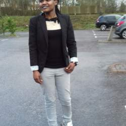 Linet is looking for singles for a date