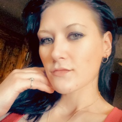 Stacey-Anne is looking for singles for a date