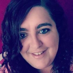 Katie (30)