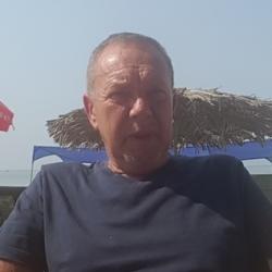 Alan (64)