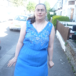 Cinda is looking for singles for a date
