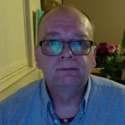 Chrispoet is looking for singles for a date