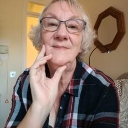 Lynette (72)
