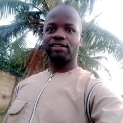 Babatunde is looking for singles for a date