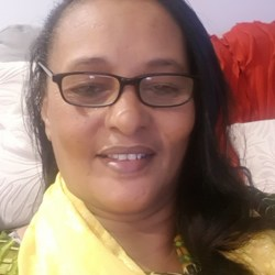 Amina is looking for singles for a date