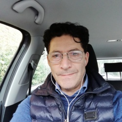 Giovanni is looking for singles for a date