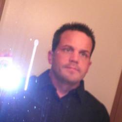 Alan (44)