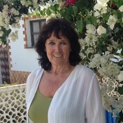 Liz (71)