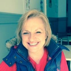 Julie (59)