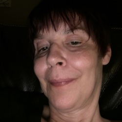 Tracey, 54 from British Columbia