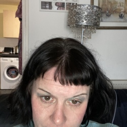 Marrianne is looking for singles for a date