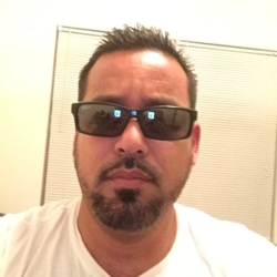 Antonio (44)
