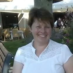 Annette (47)
